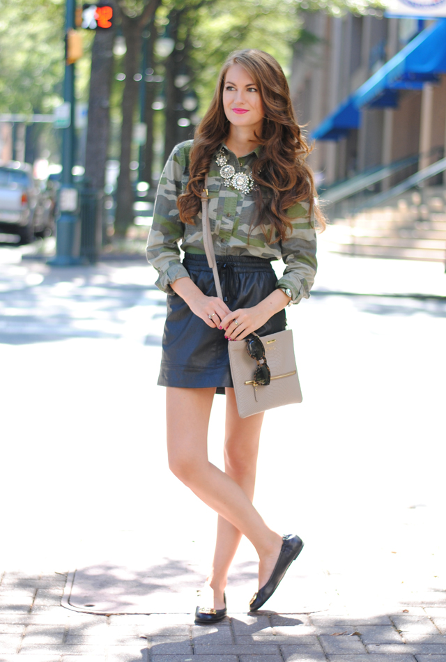 Camouflage top outfit idea