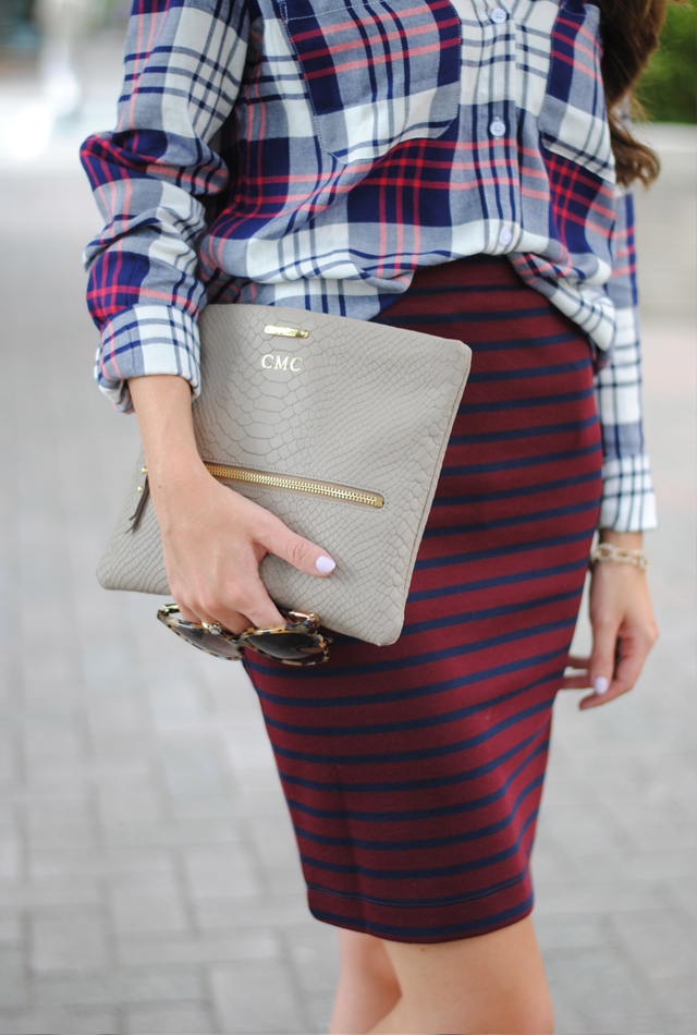 Love the striped skirt and nude bag