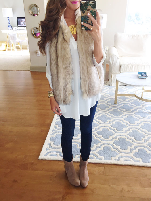 perfect faux fur vest outfit for fall