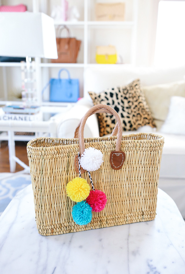 DIY - removable pom pom charm