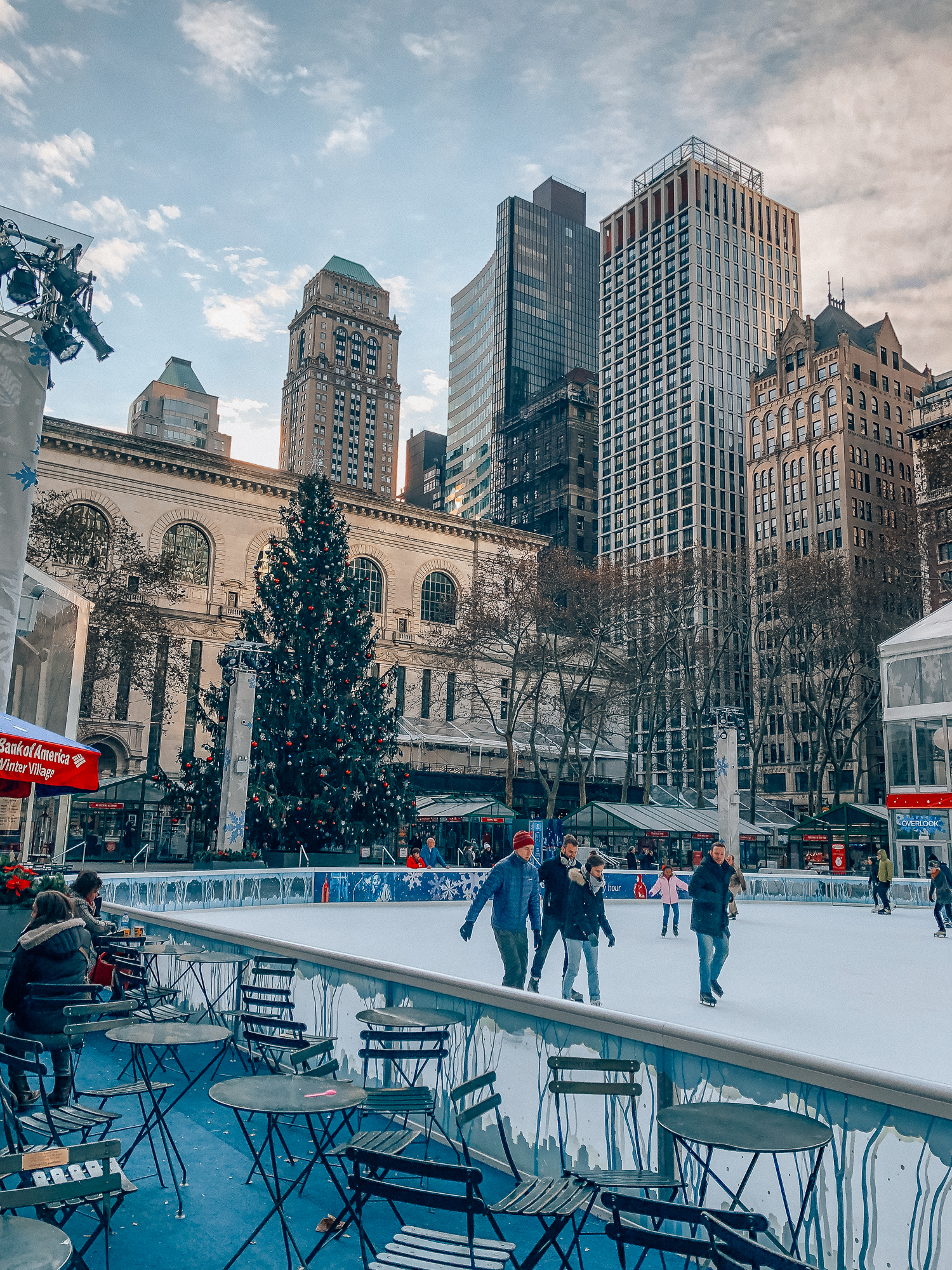 What to do in NYC during Christmas – Southern Curls & Pearls